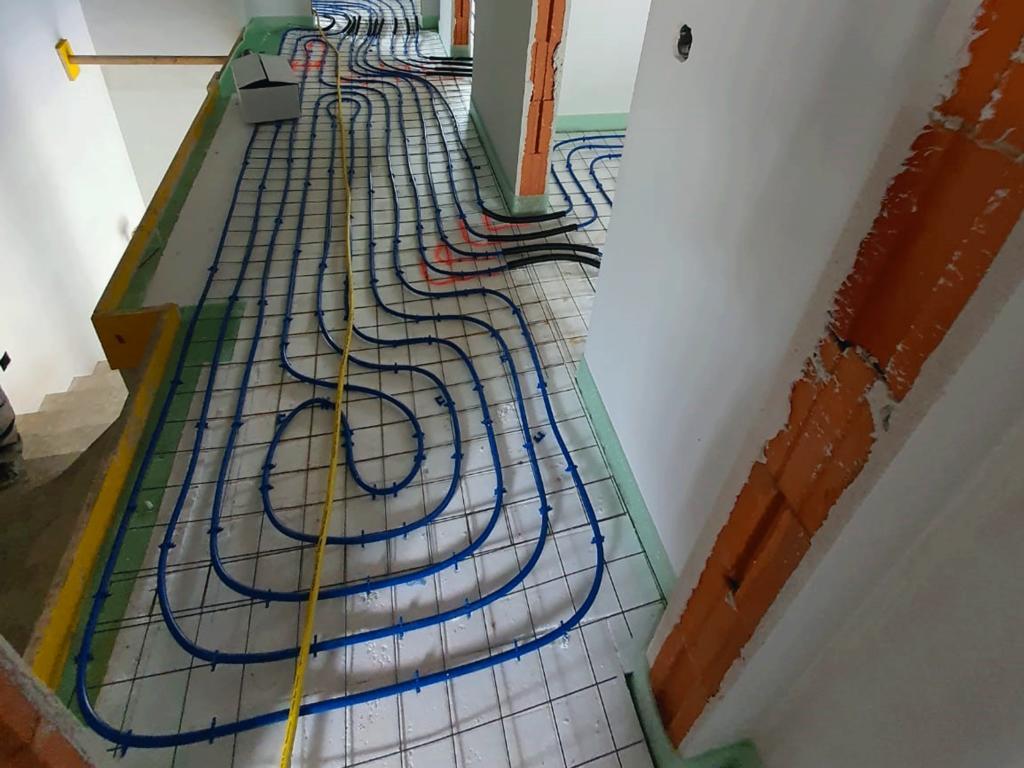 Fußbodenheizung-mit-wärmepumpe